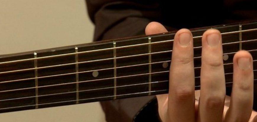 Comment accorder une guitare ?